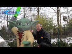 Legoland Parkneuheit 2013: Jedi Master Yoda als LEGO Fotopoint http://www.ganz-muenchen.de/freizeitfitness/parks/legoland/neuheiten/2013/info.html