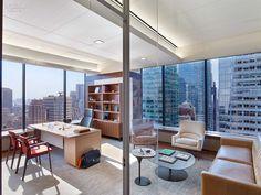 Midtown Architecture Inspires SmithMaran for Insight Venture Partners #design #interiordesign #interiordesignmagazine #projects #offices #newyorkcity