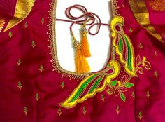 Zardosi Embroidery, Hand Work Embroidery, Simple Embroidery, Latest Embroidery Designs, Machine Embroidery Designs, Peacock Blouse Designs, French Knot Stitch, Sugar Beads, Thing 1