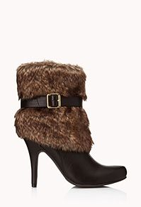 FOREVER 21 Must-Have Faux Fur Booties