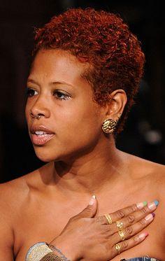 Beauty Beat: Kelis Rocks Multicolored French Manicure | Essence.com