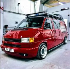 Volkswagen Transporter T4, Vw Vanagon, Car Volkswagen, Vw Cars, T4 Bus, Eurovan Camper, T4 Camper, Vw T4 Tuning, T6 California