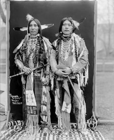 Two unidentified men of the Bannock Nation, 1900. No additional information.