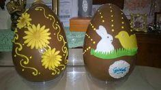 Dolcilandia e non solo...: Uova di Pasqua di cioccolata al latte e bianca (si...