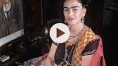 Frida Kahlo è considerata la più celebre pittrice messicana. I suoi autoritratti sono l'espressione di una vita segnata dal dolore e sono diventati delle v