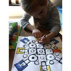 Kindergarten Colors, Kindergarten Art Lessons, Art Lessons For Kids, Art Lessons Elementary, Art For Kids, Kindergarten Teachers, Summer Art Projects, School Art Projects, First Grade Art