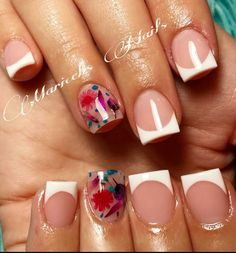 I don't get the shape, but love the one patterned nail with the French manicure. Cute Nails, Pretty Nails, Hair And Nails, My Nails, Pink Toe Nails, Essie, Classic Nails, Toe Nail Designs, Nagel Gel