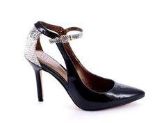 Lo mejor para ti. Siéntete cómoda con los mejores zapatos. #tendencias #tendencia #zapatos #fashion #tiendaonline #zapato #shoes