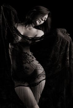 . lace, sexi, boudoir, black white, femme fatale, black lingerie, beauti, sensual, photographi