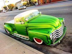 Hot Rod now thats a green truck Hot Rod Trucks, Mini Trucks, Cool Trucks, Pickup Trucks, Cool Cars, 54 Chevy Truck, Classic Chevy Trucks, Classic Cars, Chevy Classic