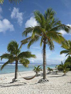 Take me back to Paradise.   Rarotonga beach (cook islands) by erik oosterop, via Flickr