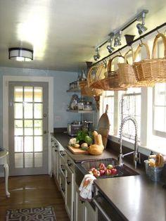 Bee Cottage kitchen