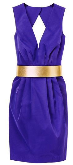Love the blue and gold and the shape of this dress!!