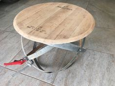 Winecraft – wine barrel woodwork project – table - home/decor Wine Barrel Crafts, Wine Barrel Rings, Wine Barrels, Wine Crates, Wooden Crates, Whiskey Barrel Table, Wine Barrel Table Diy, Barrel Projects, Diy Projects