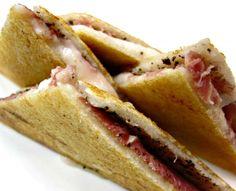 The Bikini Sandwich. A Catalan version of the Croque Monsieur. Que rico!