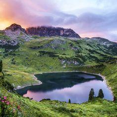 Austria most beautiful place  #LechZürs #Vorarlberg  https://www.travelita.ch/formarinsee-ein-schatz-zwischen-lech-zuers-und-klostertal/