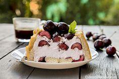 PRAJITURA RAPIDA CU CIRESE SI CREMA MASCARPONE | Diva in bucatarie Desert Recipes, Cheesecake, Deserts, Fruit, Food, Mascarpone, Cheesecakes, Essen, Postres