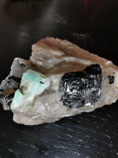 Macro Shots, Mineralogy, Macro Photography, Geology, Austria, Rings For Men, Crystals, Men Rings, Crystal