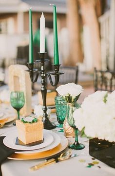 Emerald Green Wedding Inspiration For May Babies (PHOTOS)