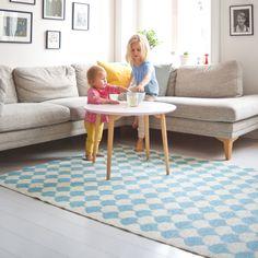 Brita Sweden – Vloerkleed kinderkamer Gerda in poolblue Decor, Nordic Living Room, Furniture, Rugs, Home, Interior, Vintage Furniture, Nordic Design, Home Decor
