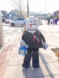 My son wanted to be a Lego man for Halloween, and he is crazy about zombies, so we decided to mix it together and make a Homemade Lego Zombie Costume. Zombie Halloween Costumes, Halloween Diy, Halloween Couples, Lego Zombies, Zombie Birthday Parties, Zombie Cartoon, Great Costume Ideas, Homemade Costumes, Diy Costumes