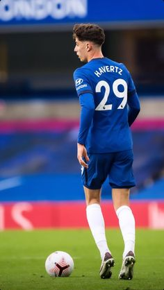 Chelsea Football Team, Chelsea Team, Chelsea Fc Players, Football Boys, Chelsea Wallpapers, Chelsea Fc Wallpaper, Real Champions, Yeezy Outfit, Messi And Ronaldo