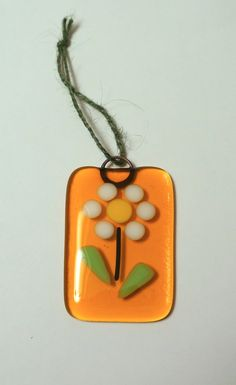 Fused Glass Flower Tiny Sun Catcher Ornament, Tangerine with White & Yellow Daisy