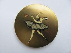 VINTAGE DECO STYLE 1950S BALLARINA BALLET DANCER STRATTON POWDER COMPACT RARE (09/06/2012)
