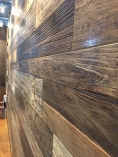 ORIGINAL 1. PATINA LÄNGE: 1650 mm BREITE: 120 – 220 mm STÄRKE: 20 mm SYSTEM: Nut und Feder mit Fase AUFBAU: 3-Schicht Diele #hafroedleholzböden #parkett #böden #gutsboden #landhausdiele #bödenindividuellwiesie #vinyl #teakwall #treppen #holz #nachhaltigkeit #inspiration Hardwood Floors, Flooring, Vinyl, Inspiration, Life Hacks, Wood Floor, Stairways, Old Wood, Sustainability