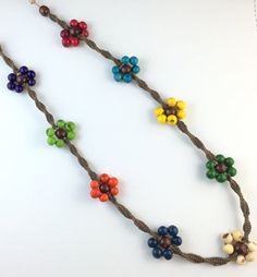 Hemp Jewelry, Macrame Jewelry, Jewelry Crafts, Handmade Jewelry, Diy Friendship Bracelets Patterns, Beach Bracelets, Diy Jewelry Inspiration, Macrame Tutorial, Macrame Patterns