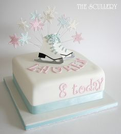 I soooooo want this cake Winter Birthday, 12th Birthday, Birthday Fun, Birthday Parties, Birthday Cake, Birthday Ideas, Ice Skating Cake, Ice Skating Party, Skate Party