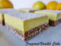 I used to love classic lemon bars. You know, the ones with the super tart Desserts Crus, Raw Vegan Desserts, No Cook Desserts, Raw Vegan Recipes, Vegan Sweets, Dessert Recipes, Gluten Free Baking, Healthy Baking, Healthy Food