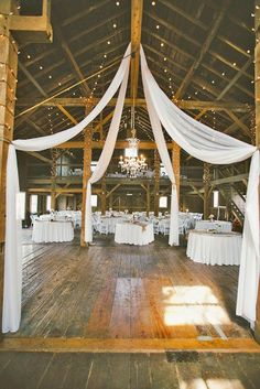 18 Romantic Barn Wedding Decorations ❤ Create a romantic barn wedding decorations, spend some money for certains in rustic style, pay attention to lightening and of course use straw bale seating. See more: http://www.weddingforward.com/barn-wedding-decorations/ #weddings #rustic