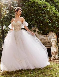Beaded Strapless Bodice Full Skirt Ball Gown Wedding Dress by Eve of Milady - Image 1 zoomed in Eve Of Milady Wedding Dresses, Western Wedding Dresses, Wedding Dress Styles, Designer Wedding Dresses, Bridal Dresses, Wedding Gowns, Bridesmaid Dresses, How To Dress For A Wedding, Mermaid Dresses