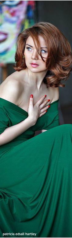 .Irish Green Evening Dress
