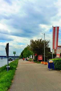 Danube Cycling Route from Passau, Germany to Vienna Austria. Discover why this is the most popular holiday cycling route in Europe, attracting families, seniors, recreational cyclists and serious cyclists alike! It should be on every traveller's bucket list who enjoys biking.