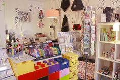 Krea99, deco & gifts | 83, rue de Dunkerque | Metro: Anvers | Paris