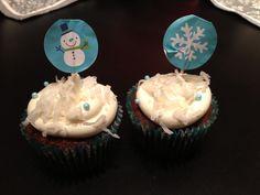 Chocolate Coconut Cupcakes #winter #cupcakes Chocolate Coconut Cupcakes, Winter Cupcakes, Desserts, Food, Tailgate Desserts, Meal, Deserts, Essen, Dessert