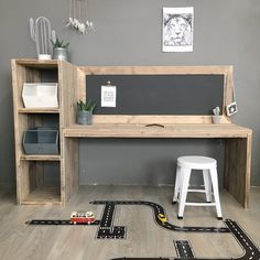 Wooden play table with chalkboard, craft table, children& desk- Houten speeltafel met krijtbord, knutseltafel, kinderbureau Wooden scaffolding table Aya