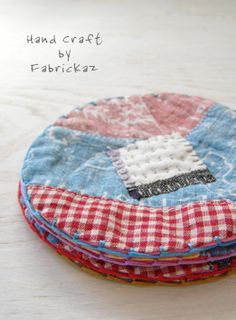 vintage fabric patchwork coasters | fabrickaz+idees