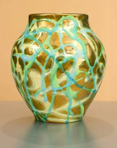 [Iridescent Pottery by Paul J. Katrich (1128)]