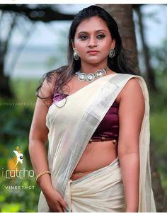 Saree Poses, Kannada Movies, Malayalam Actress, Indian Beauty Saree, Saree Collection, Indian Girls, Beautiful Models, Backless, Sari
