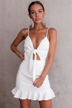 Keep your name dress - clothing para la costurera in 2019 ve Summer Outfits, Girl Outfits, Fashion Outfits, Summer Dresses, Dress Fashion, Best Prom Dresses, Short Dresses, Girls In Mini Skirts, Fashion Photography Inspiration