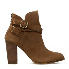 Bootie -  crisscrossing buckled ankle straps @scrapwedo