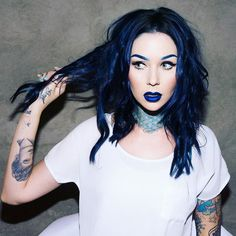 Airica Michelle in LOVE with this hair color! Not to royal blue but not solid black. A gorgeous Blue black. Love it! <3
