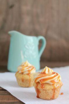 Cupcakes de banana con frosting de vainilla / Experimento Casa