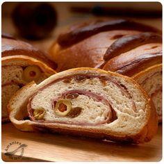 #Pan de Jamón venezolano. http://amantesdelacocina.com/cocina/2010/12/pan-de-jamon/