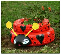 Ladybug planter from tires