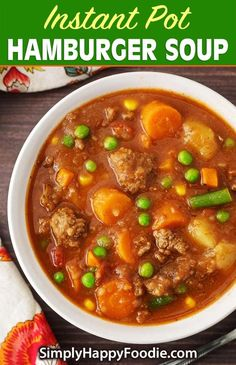Instant Pot Hamburger Soup is a comforting classic ground beef soup made with simple, tasty ingredients. This pressure cooker hamburger soup is a family favorite! Instant Pot Recipes by simplyhappyfoodie. recipes with ground beef Ground Beef Stews, Healthy Ground Beef, Soup With Ground Beef, Hamburger Vegetable Soup, Hamburger Stew, Beef Soup Recipes, Ground Beef Recipes, Stewing Beef Recipes, Drink Recipes