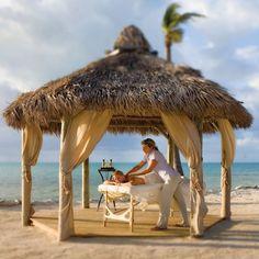 #95 CHEECA LODGE & SPA, ISLAMORADA, FL    Overall Score: 88.9  Treatments: 95.2  Staff: 90.5  Facilities: 81.0    Treatment Rooms: 7  Basic Massage: $145